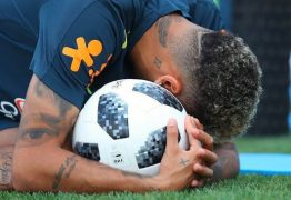 'Nunca quis tanto ser uma bola', comenta Marquezine em publicação de Neymar