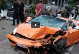 VEJA VÍDEO: Lamborghini de R$ 700 mil alugada se envolve em acidente e fica destruída