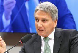 MDB anuncia Rigotto como vice na chapa com Henrique Meirelles