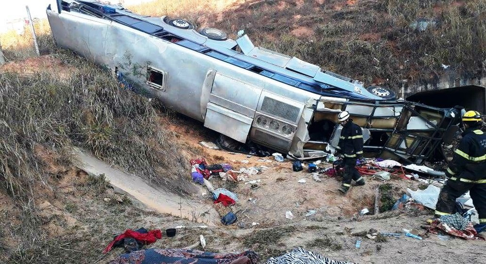 indice 2 - Corpos de paraibanos mortos em acidente na BR-146 em Minas Gerais chegam à PB