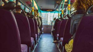 naom 55ee2aed49fc7 300x169 - Homem é detido em ônibus após se masturbar ao lado de jovens