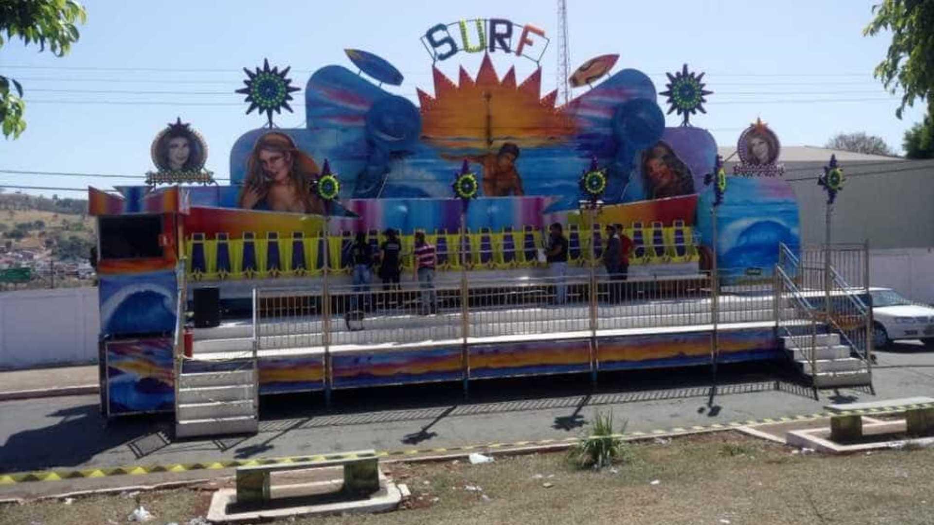 naom 5b82d86935e8a - Quatro meninas são arremessadas de brinquedo em parque de diversão