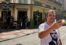 Rua em Juiz de Fora vira ponto turístico após atentado contra Bolsonaro