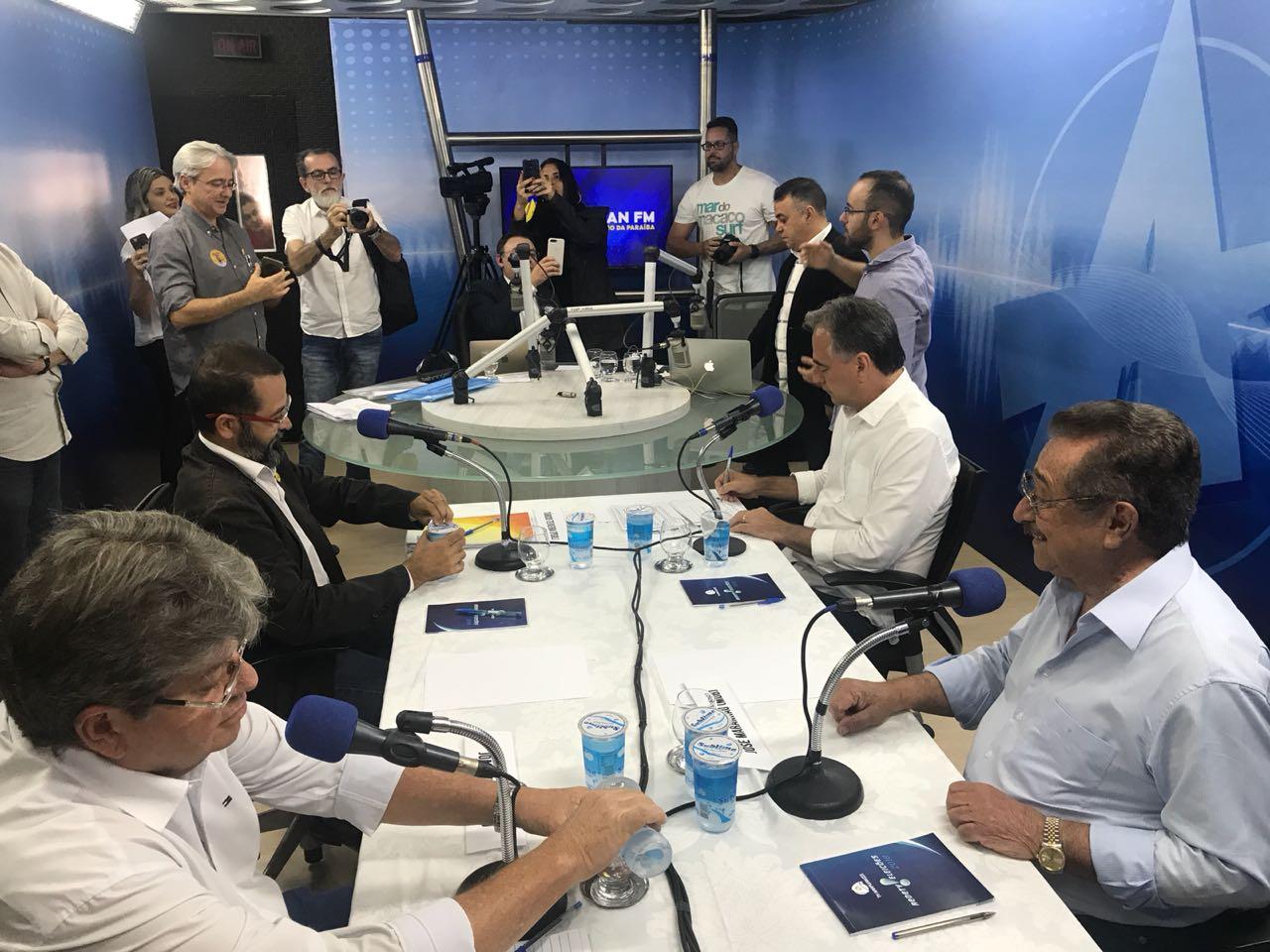 WhatsApp Image 2018 09 03 at 1.16.38 PM - Sistema Arapuan realiza hoje debates com candidatos ao Governo e ao Senado
