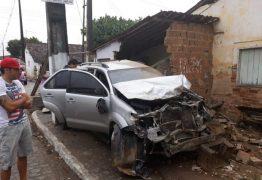 Filho de empresário causa acidente e destrói residência em Rio Tinto