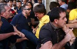 """Estado de Bolsonaro é """"grave, mas estável"""", diz cirurgião"""