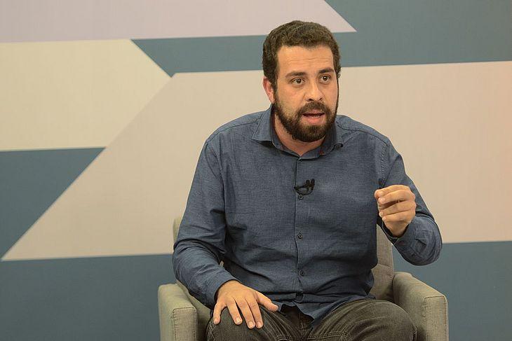 guilherme boulos - Segundo turno é o momento de se juntar para enfrentar extrema-direita, diz Boulos