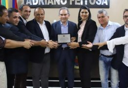 Senador Raimundo Lira é homenageado com a mais alta honraria da Câmara Municipal de Princesa Isabel