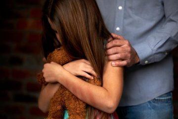 abuso sexual infantil mae e sempre responsabilizada quando o filho sofre violencia 1540244499110 v2 900x506 360x240 - Homem é preso suspeito de estuprar de menina de 7 anos na Paraíba