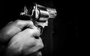 arma destaque 20161129 300x188 - CRIME: Adolescente de 14 anos é assassinado em frente a residência na Paraíba
