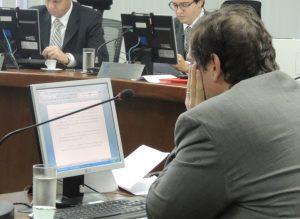 futebol 300x219 - Pleno do STJD vai julgar em novembro os acusados de corrupção no futebol paraibano