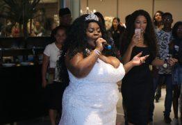 De noiva, Jojo Todynho finge casamento para realizar festa surpresa