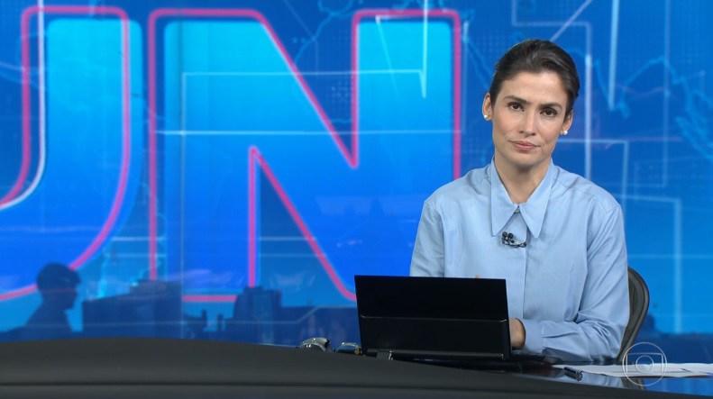 Renata Vasconcellos Globo - VEJA VÍDEO: Mulher dança na redação durante o encerramento do Jornal Nacional e cena vaza na web