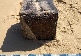Caixas misteriosas em praias do Nordeste: PF descobre o que são, mas não de onde vieram
