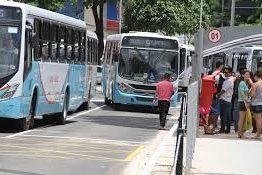 Linhas de ônibus são reforçadas e ciclofaixa de lazer é suspensa para segundo dia de provas do Enem