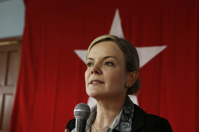 gleisi - Gleisi Hoffmman sugere que substituta de Moro é suspeita para julgar Lula
