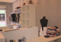 VIOLÊNCIA: Loja de roupas e acessórios femininos é arrombada no Centro de Campina