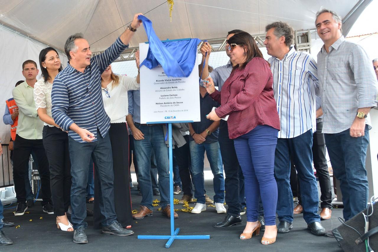 LUCIANO CARTAXO entrega novo residencial sao jose foto kleide teixeira 02 - Luciano Cartaxo entrega chaves de 336 apartamentos no Residencial São José