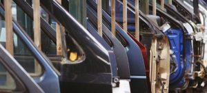 car doors 406883 1920 min 1200x545 c 300x136 - Após três meses de queda, produção industrial tem alta de 0,2% em outubro
