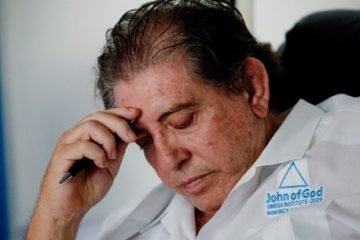 joao de deus 08122018150254294 1 360x240 - Médium João de Deus vai ganhar uma biografia feito por jornalista da Globo