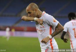 Novas regras na China dificultam planos do Corinthians para contratar Diego Tardelli