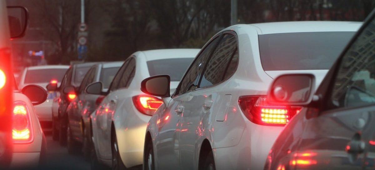 traffic jam 688566 1920 min 1200x545 c - Seguro obrigatório DPVAT ficará quase 80% mais barato em 2019