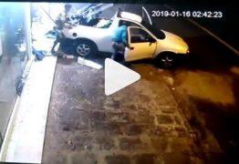 VEJA VÍDEO: Gangue da marcha à ré arromba loja de roupas em Campina Grande