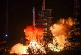 Em feito inédito, espaçonave chinesa pousa no lado oculto da Lua
