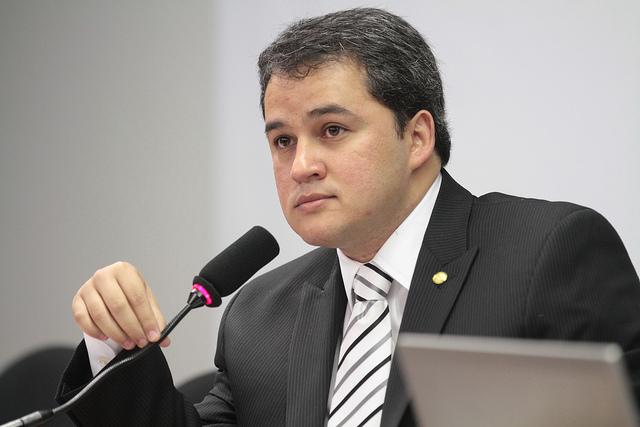 Efraim Filho - A INDEPENDÊNCIA DO DEM: 'O importante é termos uma agenda positiva para o Brasil', diz Efraim Filho