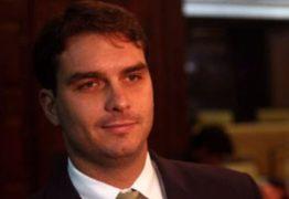 Flávio Bolsonaro é investigado pelo núcleo de combate à corrupção do MPF no RJ