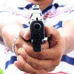 arma de fogo 150x150 - Homem é baleado na cabeça após briga de bar em Santa Rita