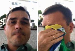 Sob pressão dos militares, governo começa a isolar Flávio