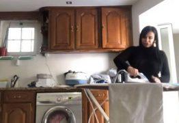 Gretchen mostra dia de faxina em Portugal: 'Adoro passar roupa'