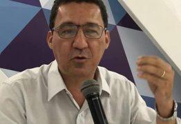 Aléssio considera maluca filmagem de alunos cantando Hino Nacional