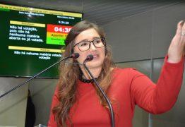 Vereadora Pâmela Vital pede esclarecimentos sobre a situação da saúde em Campina Grande