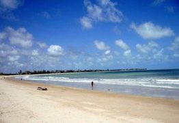 Homem morre afogado após supostamente passar mal, na praia do Bessa, em JP