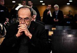 Cardeal francês é condenado por silêncio diante de abusos sexuais