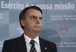 [+18] Bolsonaro compartilha vídeo de homem mexendo no ânus e sugere que cena é comum no Carnaval; ASSISTA