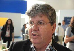 Governador assina protocolo de intenções para instalação de estaleiro em Lucena