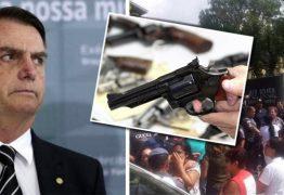 Bolsonaro fala em flexibilizar porte de arma no dia em que dez pessoas morrem em atentado dentro de escola