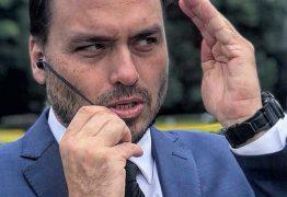 CURTIDAS OCULTAS: Carlos Bolsonaro diz que mudança no Instagram serve para limitar liberdade de pensamento