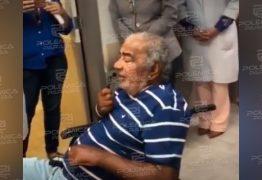 Pinto do acordeon emociona público ao apresentar-se em hospital – VEJA VÍDEO