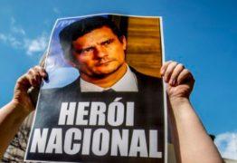 "Jair Bolsonaro fez do herói Sérgio Moro um ""bundão"" – Por Gilberto Dimenstein"