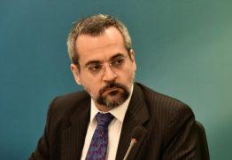 Dinheiro do MEC sustenta 'escolinha dos sem terrinha', diz ministro Abraham Weintraub