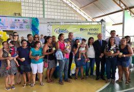 Prefeitura de Alhandra entrega cartões do 'Programa Mais Renda' para mais de 500 famílias -VEJA VÍDEO