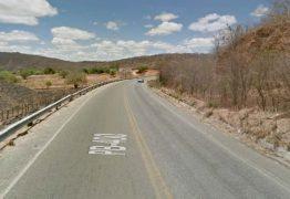 Jeová Campos protocola requerimentos solicitando melhoria na infraestrutura viária de estradas no sertão paraibano