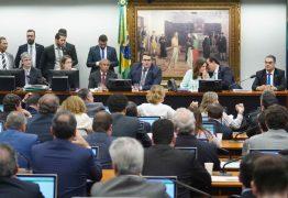 Partidos do Centrão começam a articular nova desidratação da reforma