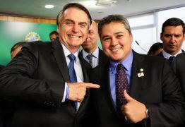 CADASTRO POSITIVO: Ao lado de Bolsonaro, Efraim Filho assina proposta que dará a empreendedores mais acesso a crédito – VEJA VÍDEO