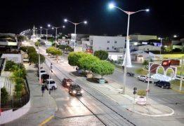 Bandidos assaltam açaiteria em Monteiro – VEJA VÍDEO