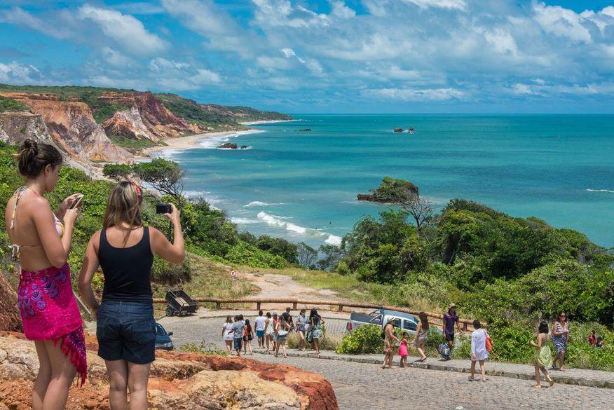 turismo no conde - Aristóteles Souto Maior comenta inclusão do Conde no programa federal 'Investe Turismo'